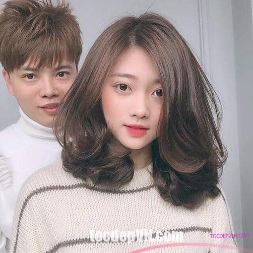 Kiểu tóc hợp với khuôn mặt tròn BÉO