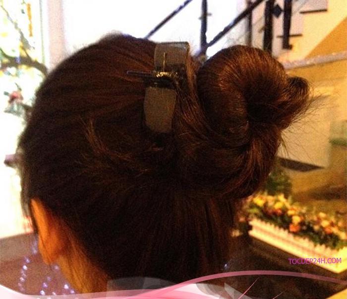 """10 cách làm phồng tóc đơn giản """"hô biến"""" mái tóc mỏng thành tóc dày"""