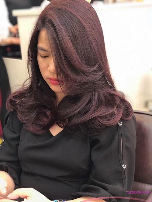 Kiểu tóc ngang vai uốn phồng đẹp nhất 2021 - Ảnh 5