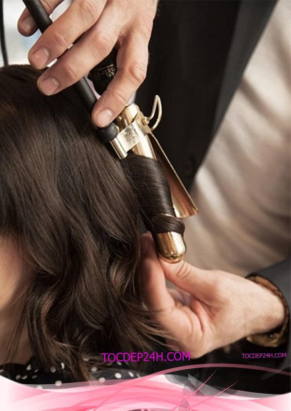 kiểu tóc ngang vai đơn giản