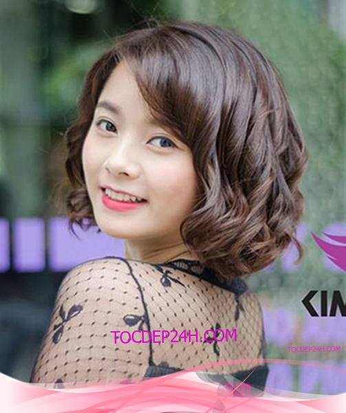 Tóc đẹp 24 giờ , tocdep24h.com Top 30 kiểu tóc xoăn lọn lớn đẹp 2021