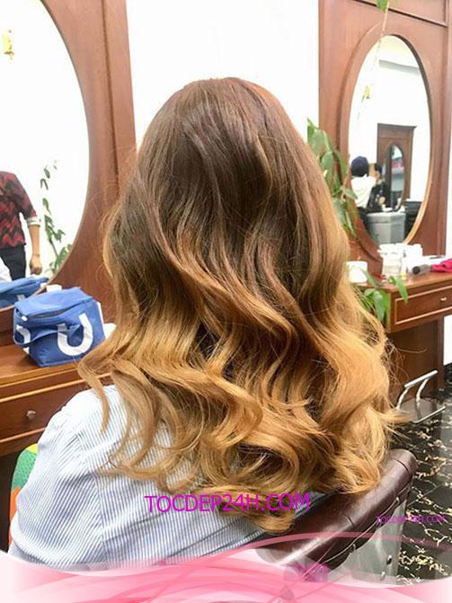 Tóc đẹp 24 giờ , tocdep24h.comTop 30 kiểu tóc xoăn lọn lớn đẹp 2021